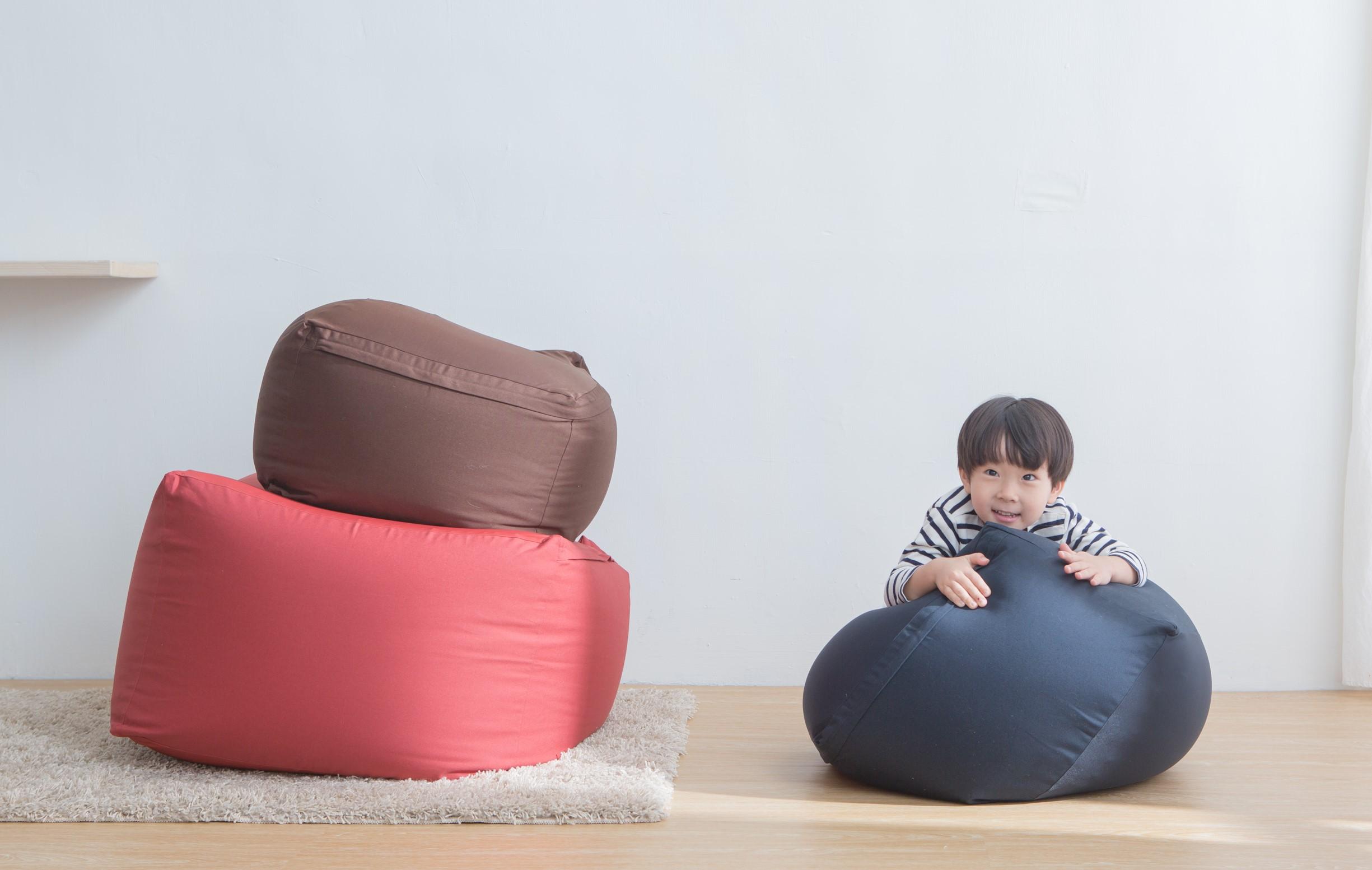 配上懶人沙發的閣樓,瞬間變成「最好Hea的角落」